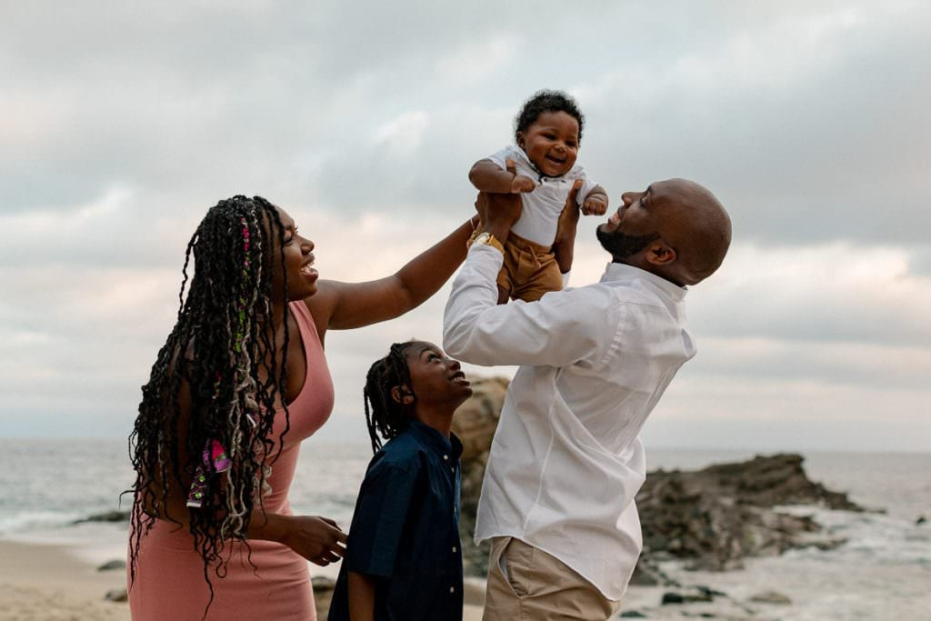 family photography, laguna beach, family, Family Pictures, family portraits, Hailley Howard, Hailley Howard family portraits, Hailley Howard Photography, Laguna Beach family pictures, beach family portraits, newborn portratis, newborn photography