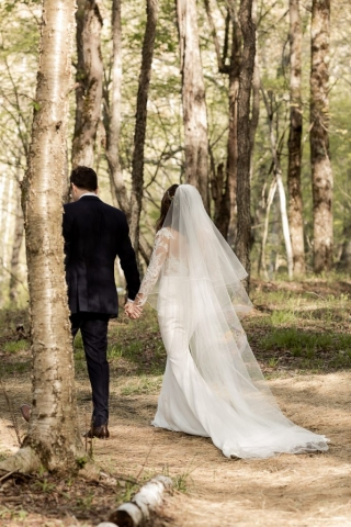 Handsome Hollow wedding, New York wedding, wedding, hailley howard, @lovebyhailley, wedding photographer, wedding photography